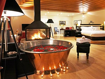 THE BACCHUS SUITE ROMANTIC PROGRAMME