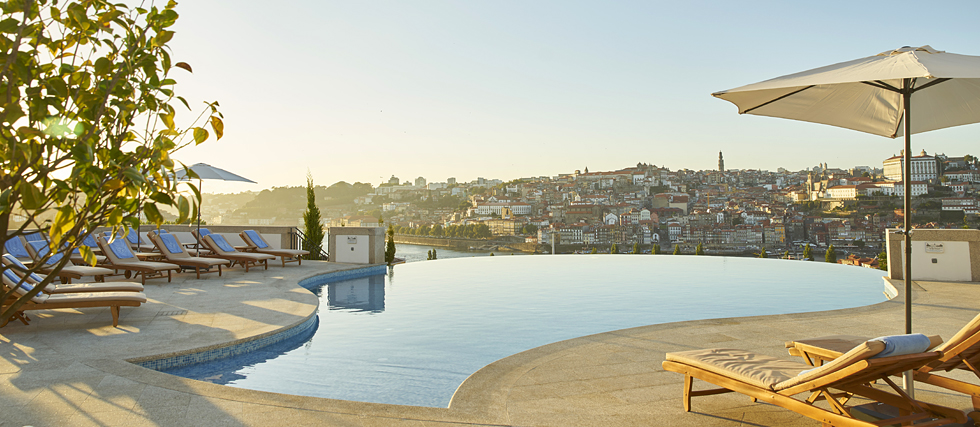 Pool at luxury hotel in Porto