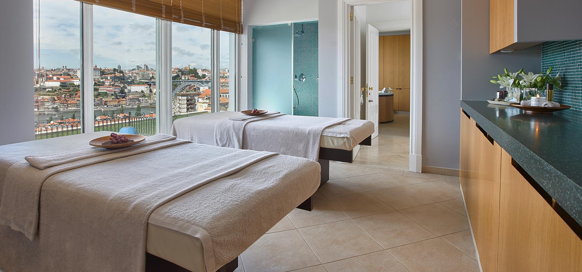 Porto Luxury Hotel